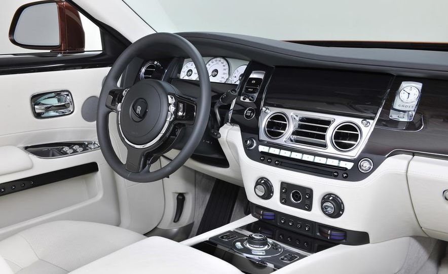 Rolls-Royce Ghost One Thousand and One Nights Bespoke special edition - Slide 12