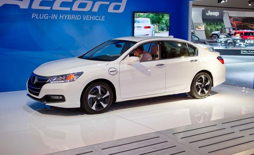 2014 Honda Accord Plug-In Hybrid - Slide 1