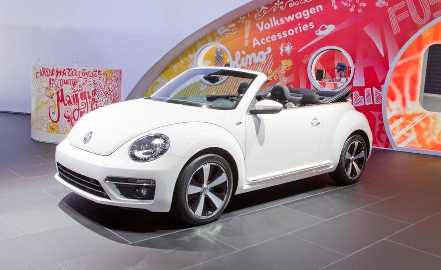 2013 Volkswagen Beetle convertible R-Line - Slide 4