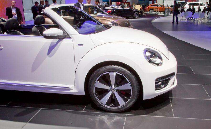 2013 Volkswagen Beetle convertible R-Line - Slide 8