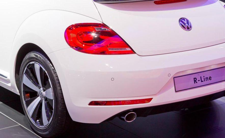2013 Volkswagen Beetle convertible R-Line - Slide 11