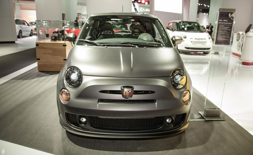 Fiat 500 Abarth Tenebra design concept - Slide 2