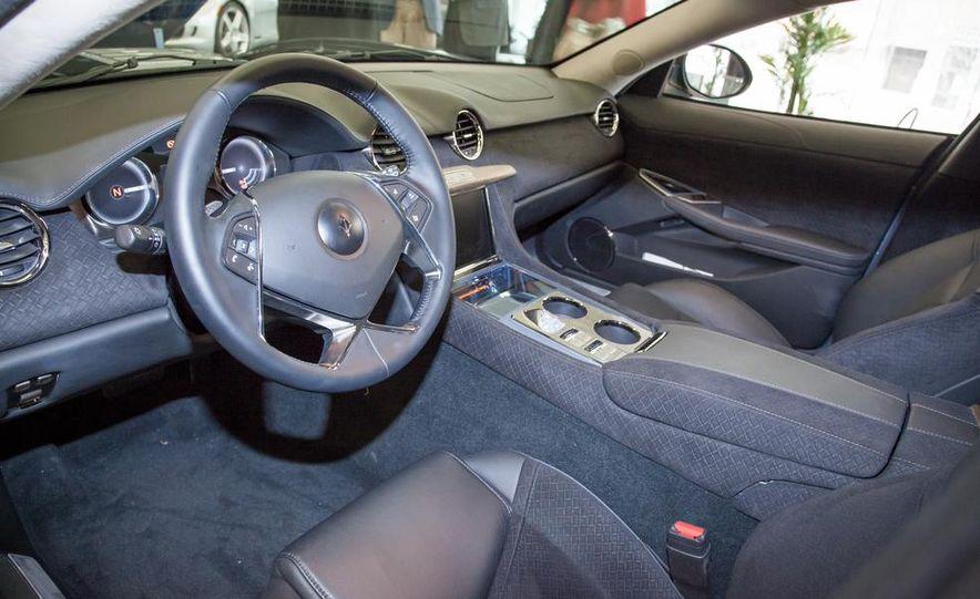 VL Automotive Destino - Slide 13
