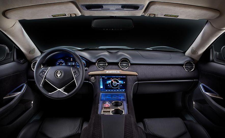 VL Automotive Destino - Slide 23