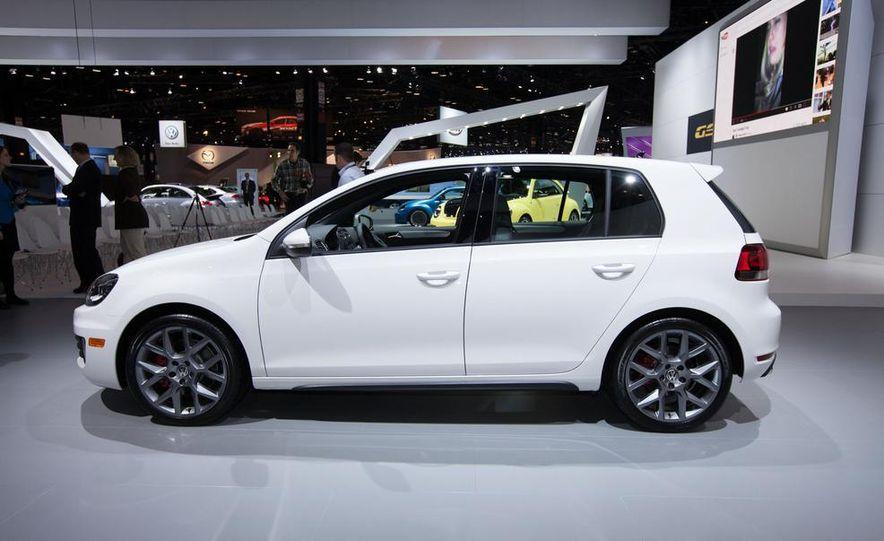 2013 Volkswagen GTI Driver's Edition - Slide 2