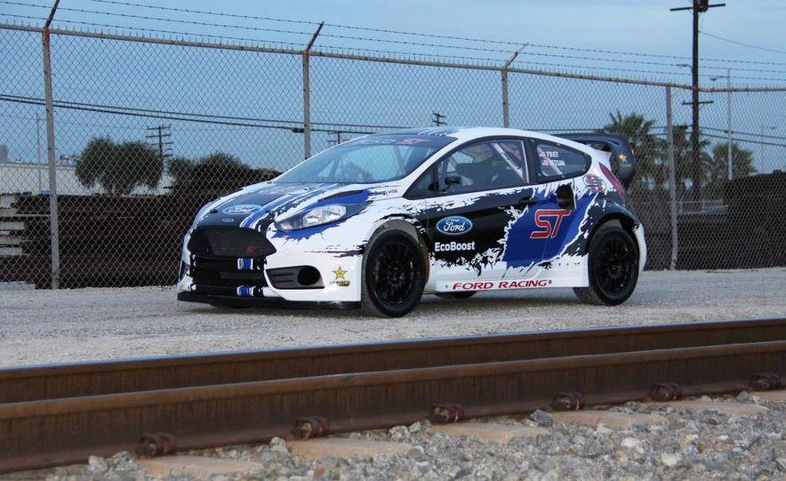 Ford Fiesta ST GRC racer - Slide 4