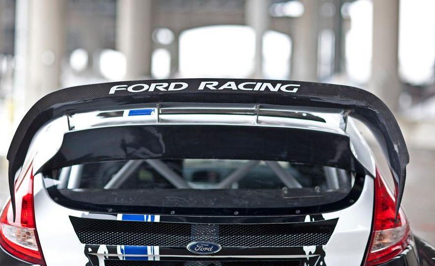 Ford Fiesta ST GRC racer - Slide 14