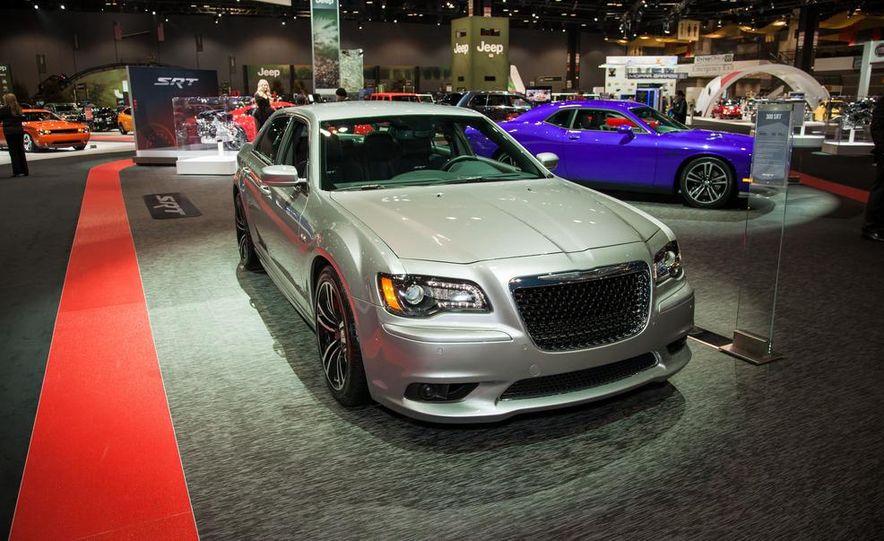 2013 Chrysler 300C SRT8 - Slide 1