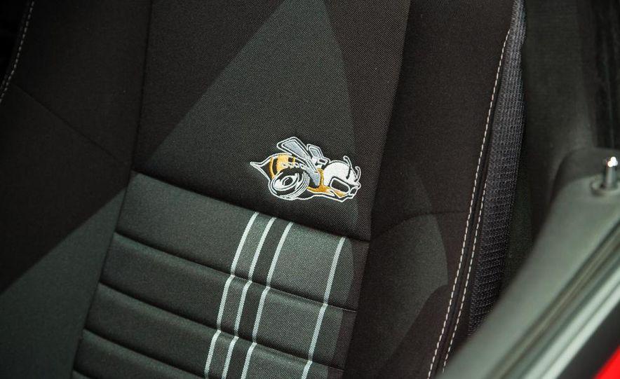 2013 Dodge Charger SRT8 Super Bee - Slide 6