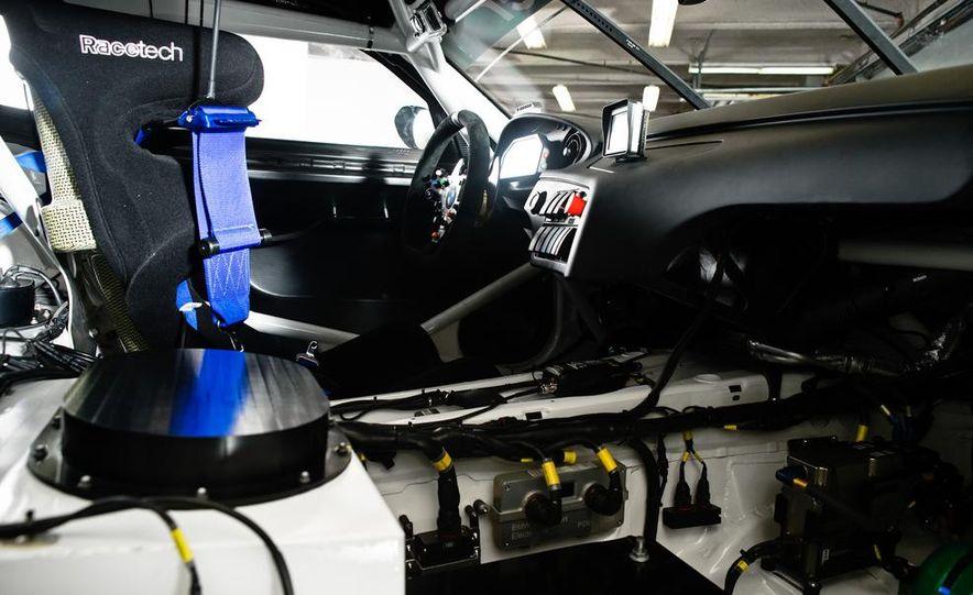 BMW Z4 GTE race car and 2014 BMW Z4's - Slide 23