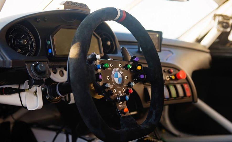 BMW Z4 GTE race car and 2014 BMW Z4's - Slide 25