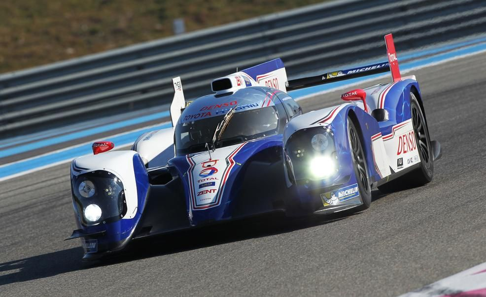 Toyota Racing TS030 hybrid race car Pictures | Photo Gallery | Car ...