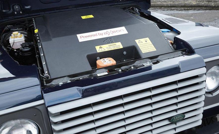 Land Rover Defender electric - Slide 7