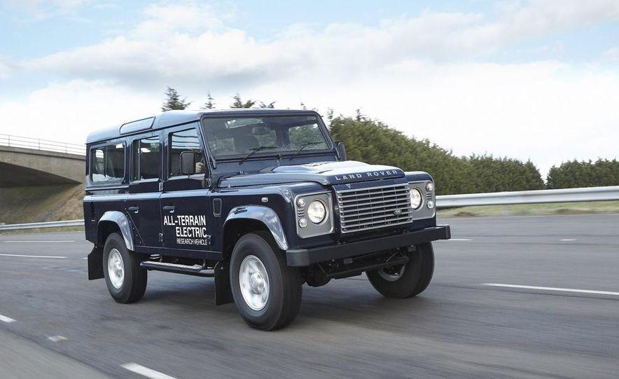 Land Rover Defender electric - Slide 1