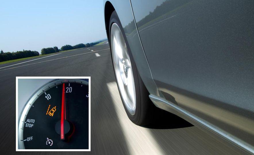 2013 Opel Zafira Tourer BiTurbo - Slide 37