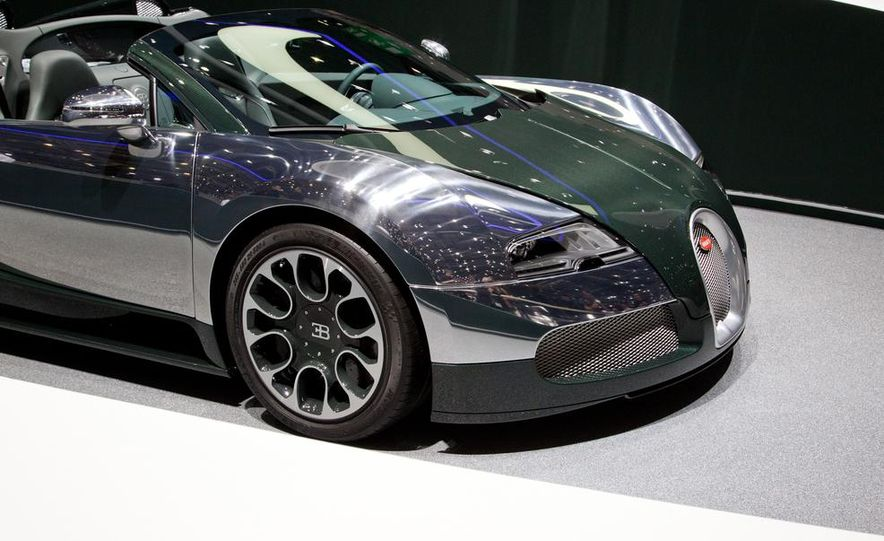Bugatti Veyron Grand Sport Green Carbon - Slide 3