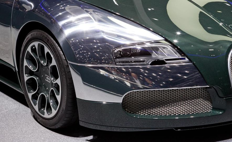Bugatti Veyron Grand Sport Green Carbon - Slide 5