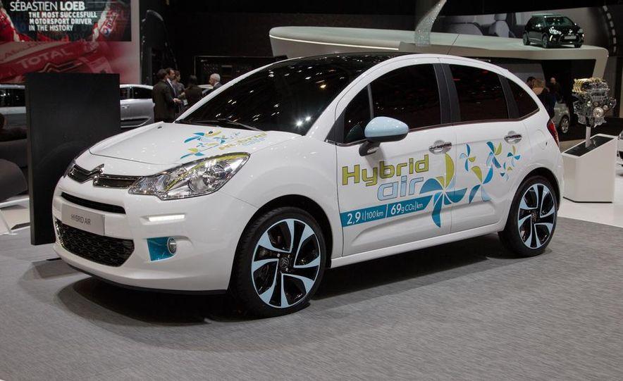 Citroën Hybrid Air C3 prototype - Slide 1