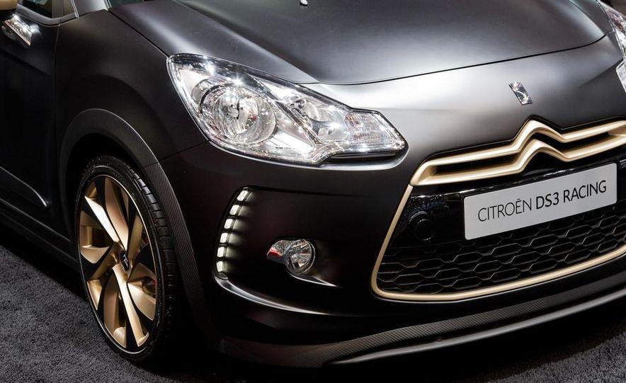 2013 Citroën DS3 Racing Limited-Edition - Slide 12