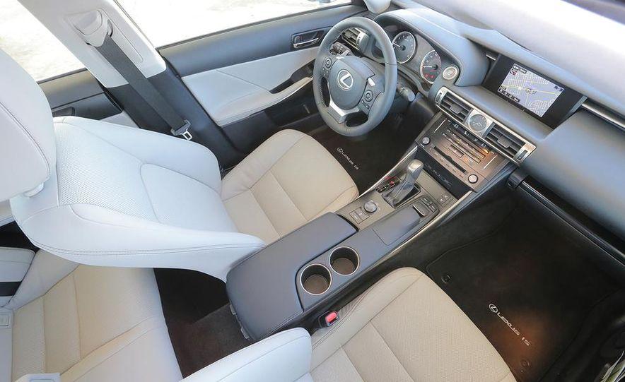 2014 Lexus IS250 - Slide 11