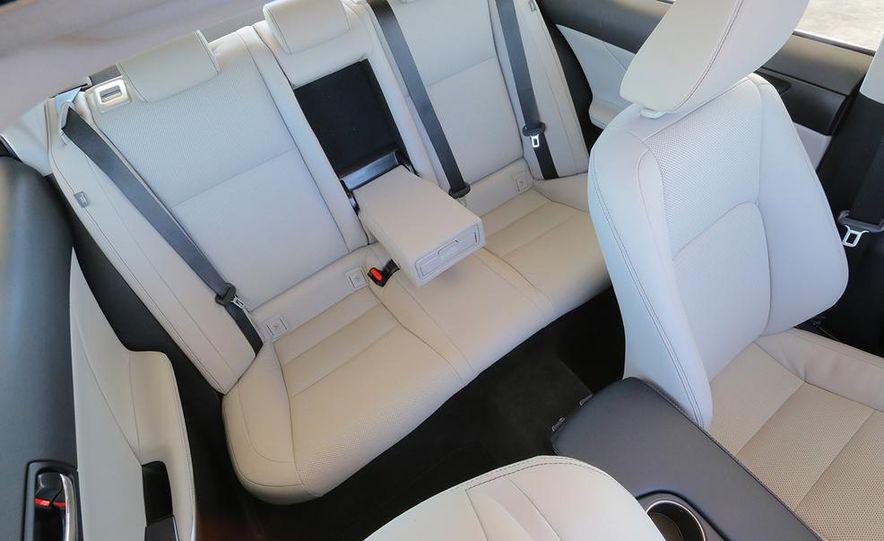 2014 Lexus IS250 - Slide 12
