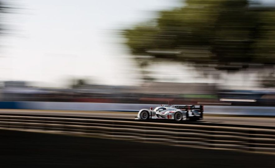 2013 12 Hours of Sebring - Slide 2