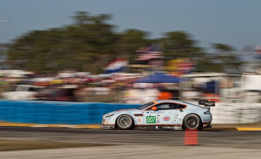 2013 12 Hours of Sebring - Slide 21