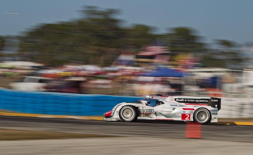 2013 12 Hours of Sebring - Slide 22