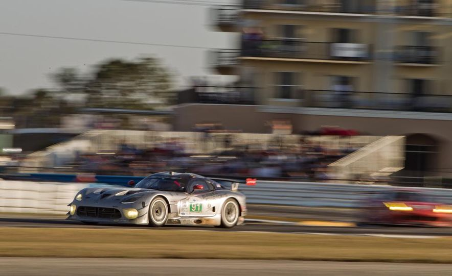 2013 12 Hours of Sebring - Slide 23