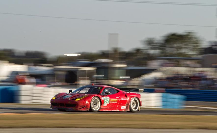 2013 12 Hours of Sebring - Slide 24