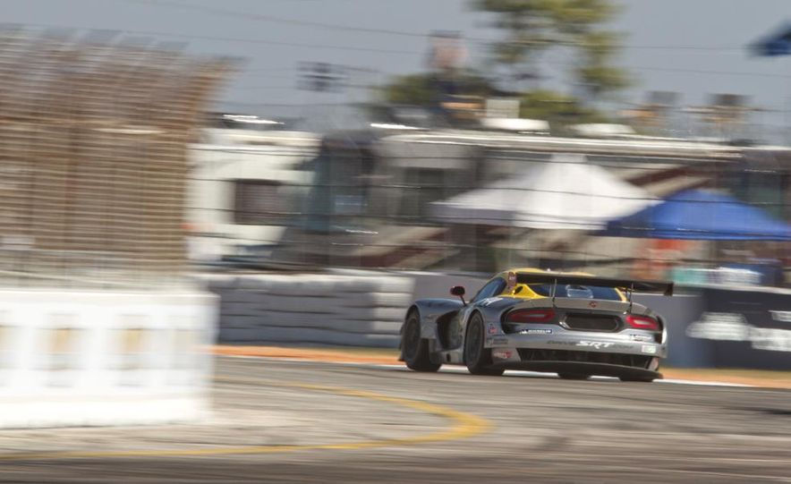 2013 12 Hours of Sebring - Slide 44