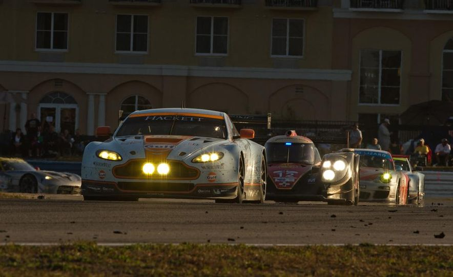 2013 12 Hours of Sebring - Slide 59