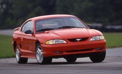 Mustang Z28 >> 1994 Ford Mustang Gt Vs 1994 Chevrolet Camaro Z28 Comparison
