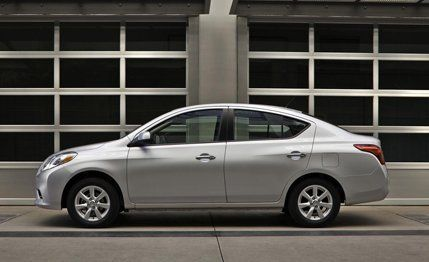 2012 nissan versa first drive review car and driver rh caranddriver com 2007 Nissan Versa White 2007 Nissan Versa Black
