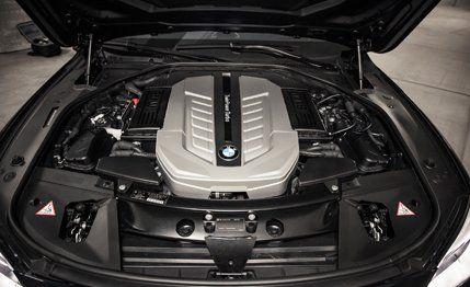 2013 BMW 760Li Test