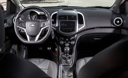 2013 chevrolet sonic rs manual test 160 review 160 car and driver rh caranddriver com manual de chevrolet sonic ltz 2013 manual de chevrolet sonic 2015