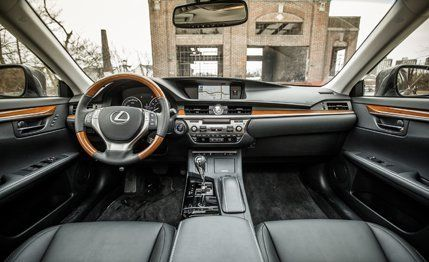 2013 Lexus ES300h Hybrid Test | Review | Car and Driver