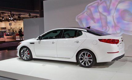 Thatu0027s It, As Far As Changes For The 2014 Model Year Go. The Trim Levels  Remain Identical: Entry Level LX, Which Packs 16 Inch Alloys, Fog Lights,  ...