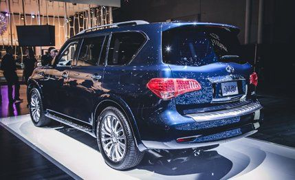 2015 Infiniti QX80 Photos and Info  News  Car and Driver