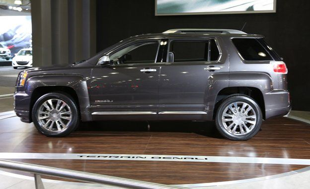 2016 Gmc Terrain Photos And Info News Car And Driver