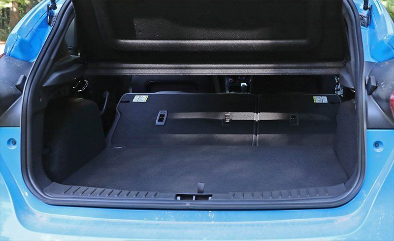 ford focus luggage capacity car reviews 2018. Black Bedroom Furniture Sets. Home Design Ideas
