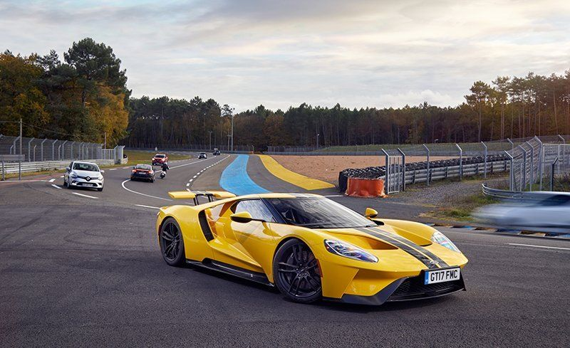 For Those Without Much Supercar Experience The Gt Is A Hell Of Place To Start In This Segment And If You Re Expecting Vehicle Capable Doing Normal