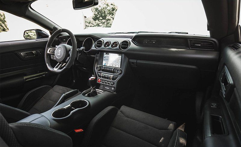 Ford Shelby Gt350r Interior >> 2017 Ford Mustang Shelby Gt350 Gt350r Interior Review Car And