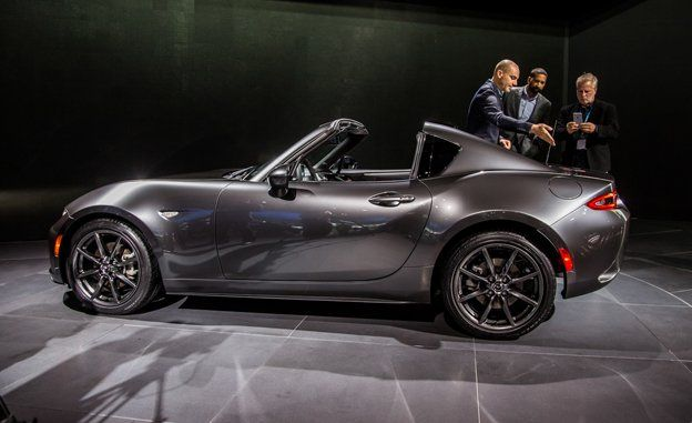 2017 Mx 5 Rf >> 2017 Mazda Mx 5 Miata Retractable Fastback Photos And Info News