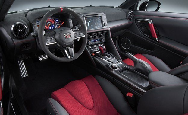 Nissan Gtr Interior >> 2017 Nissan Gt R Nismo Photos And Info News Car And Driver