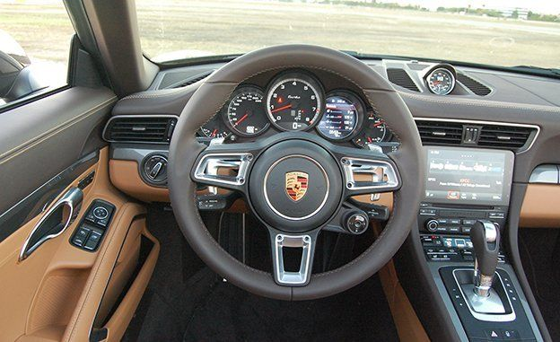 2017 porsche 911 turbo interior