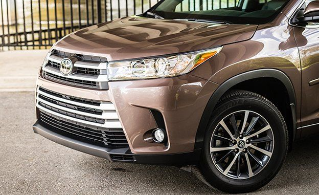 At 4560 Pounds Our All Wheel Drive Highlander Test Car Was No Lightweight And The Excess M Made Itself Known When Lying Brakes As Toyota