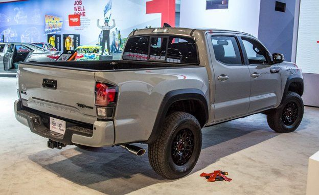 2017 Toyota Tacoma Trd Pro Photos And Info News Car And Driver