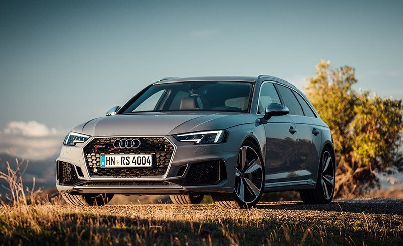 2018 Audi Rs4 Avant First Drive Review Car And Driver