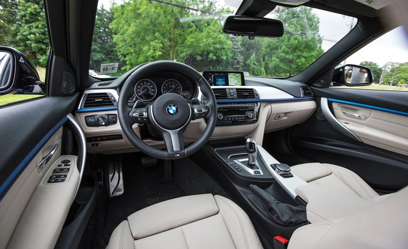 BMW Series InDepth Model Review Car And Driver - Bmw 3 series interior